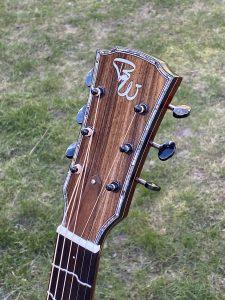 Headstock Wälivaara OM cutaway, steel string guitar
